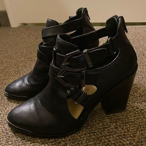 Gianni Bini Ankle Bootie size 8.5